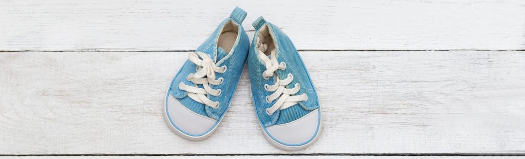 How do I choose the right baby shoes?
